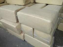 Опилки стружку сухую пресованую в пакеты по 25 кг