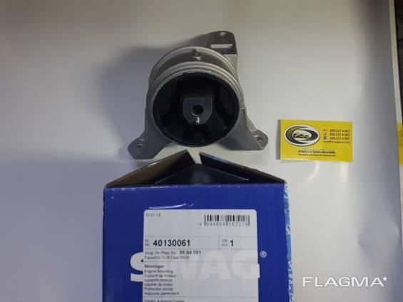 Опора двигателя передняя правая Opel - Swag