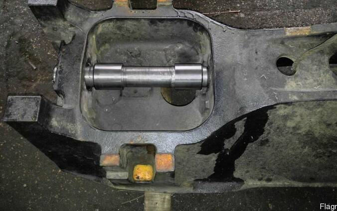 Опорная рама трактора Кейс
