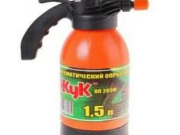 Опрыскиватель садовый ручной помповый Жук 1,5 л (литров)