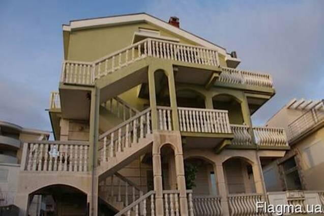 Отель в Черногории продам