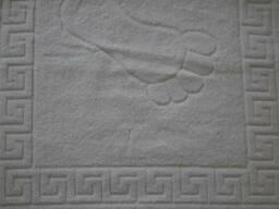 Отельные полотенца белые оптом.