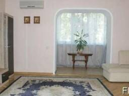 Отличная 3х комнатная квартира в центре Печерска