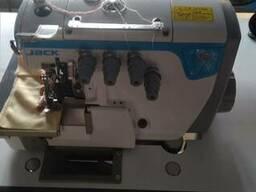 Оверлок швейная промышленная машина Jack и Juki.