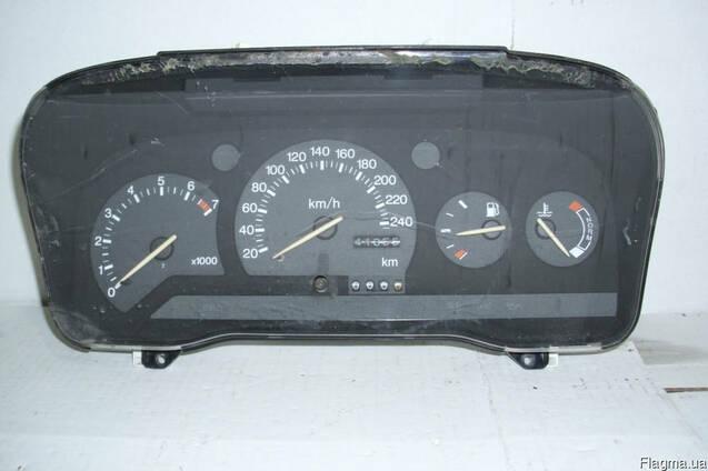 Панель приборов Ford Orion (1990-1995)