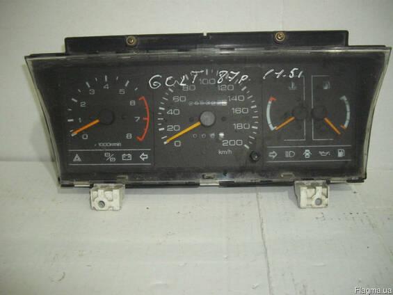 Панель приборов Mitsubishi Colt (1984-1988)
