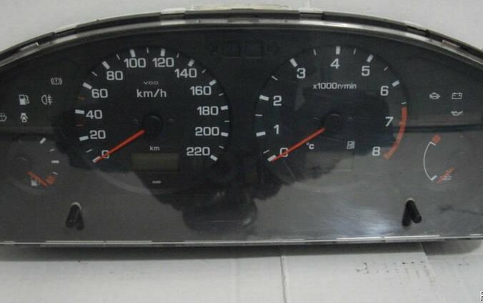 Панель приборов Nissan Primera P11 (1996-1999)