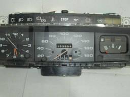 Панель приборов Peugeot 205 (1983-1990)