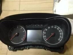 Панель щиток приборов спидометр Opel Corsa E 13499775. ..