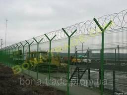 Забор из сварной сетки с егозой