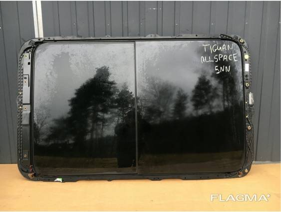 Панорамный электролюк Volkswagen Tiguan Allspace 5NN.