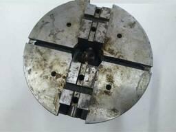 Патрон токарный 2-х кулачковый пневматический самоцентрирующ