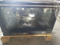 Конвекционная печь 4 уровня 600*400 Unox XFT 195 не б/у