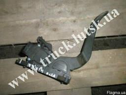 Педаль газа електронная Mercedes Vito 639 0281002561 A63930
