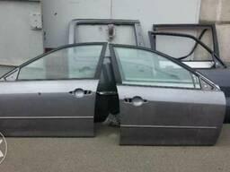 Передняя дверь на Mazda 6 03-08 есть левая и правая