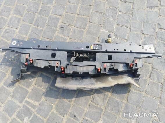 Передняя панель 13288975 Opel Astra J 13339496 Z177