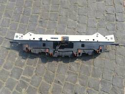 Передняя панель 13288975 Opel Astra J 13339496 Z40Y