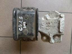 Передняя правая опора (подушка) двигателя на Citroen C4 I 04