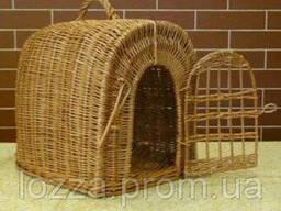 Переноска для животных с плетеной дверкой