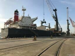 Перевалка сыпучих грузов / стафировка контейнеров / склад