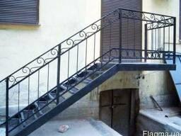 Лестницы металлические и кованые изготовление любой сложност