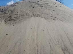 Песок речной с доставкой по Киеву и области