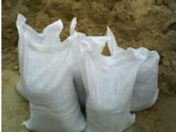 Песок в мешках карьерный и речной. Цемент, щебень, керамзит