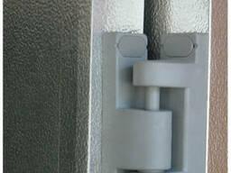 Петля двери холодильной Р-34-02