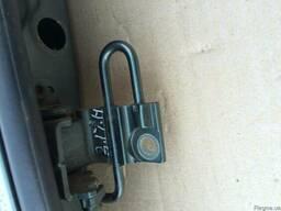 Петля двери задней правой 7L0833412A на Volkswagen Touareg 0