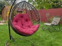 Підвісне крісло куля з ротанга від виробника