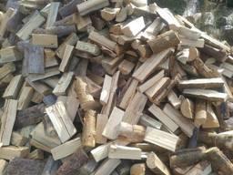 Продам колотые дрова: сосна, береза, дуб. Обрезки и тырса.