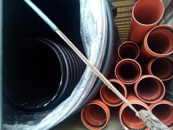 Пластиковая труба большого диаметра. Киев