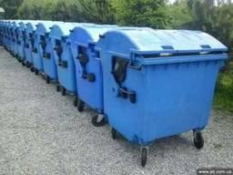 Пластиковый евроконтейнер для отходов, бывший в употреблении