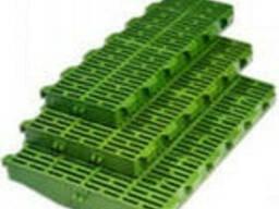 Пластиковые решетки для свиноматок