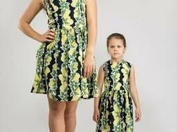 Платье с цветочными мотивами оптом