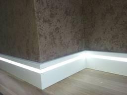 Плинтус LED из крашенного МДФ, светодиодная подсветка