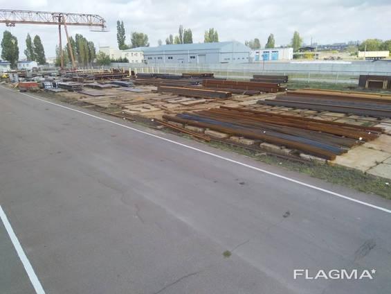 Площадка с ЖД веткой и козловым краном, ул. Локомотив
