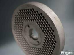Плоские матрицы диаметром 150 мм ( толщина матрицы 40 мм) - фото 1