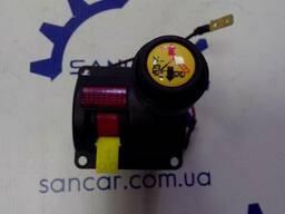 Пневматичний кран, клапан управління на підйом кузова прицепа