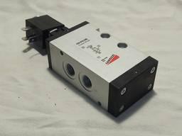 Пневмораспределитель 434-016-22L Camozzi (клапан электропневматический)