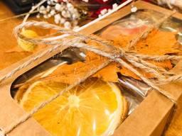 Подарки EcoGifts, фруктовые чипсы и пастила.