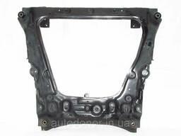 Подрамник двигателя нижний Nissan Leaf ZE0 / AZE0 (10-17). ..