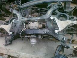 Подрамник задний балка поперечная Nissan Murano 02-07