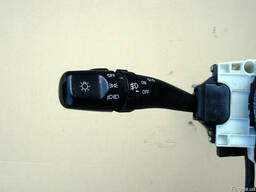 Подрулевой переключатель 93415-2F000 на Kia Cerato 04-09 (Ки