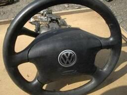 Подушка безопасности (airbag) водителя Volkswagen Golf 4 (1