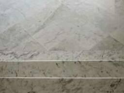 Пол из мрамора. Мраморные полы для дома- монтаж. Мрамор.