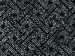 Полукоммерческий ковролин для офиса на резиновой основе.