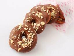 Пончики арахисовые с шоколадной глазурью Золотая карамель. ..