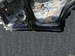 Порог левый 71312-26B10 на Hyundai Santa FE 00-06 (Хюндай Са