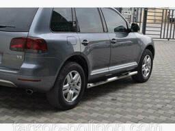Пороги из труб для Volkswagen Touareg с 2002-2010 г.